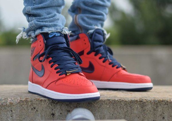 Air Jordan 1 Retro High OG 'David Letterman' Light Crimson