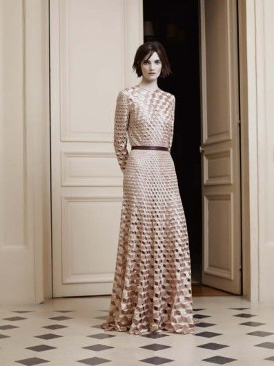 Jan Taminiau's Spring 2014 couture collectie in Parijs. Lees hier meer: http://glamour.nl/j3fmbca48