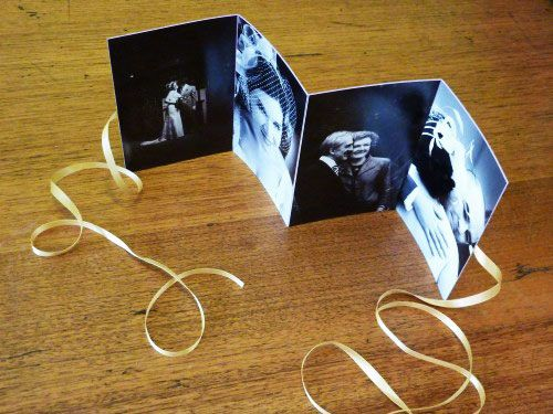 mini photo album: Photos Album Diy, Polka Dots, Mini Photo Albums, Concertina Photos, Brag Books, Cute Ideas, Minis Photos Album, Xmas Gifts, Photos Crafts