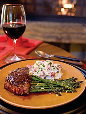Steak Dinner Yummmmm Pinterest Skillets Romantic Dinner Recipes And Ch
