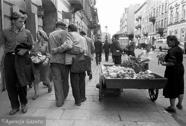Warszawa, ul.Brzeska, 1958, fot.Tadeusz Rolke
