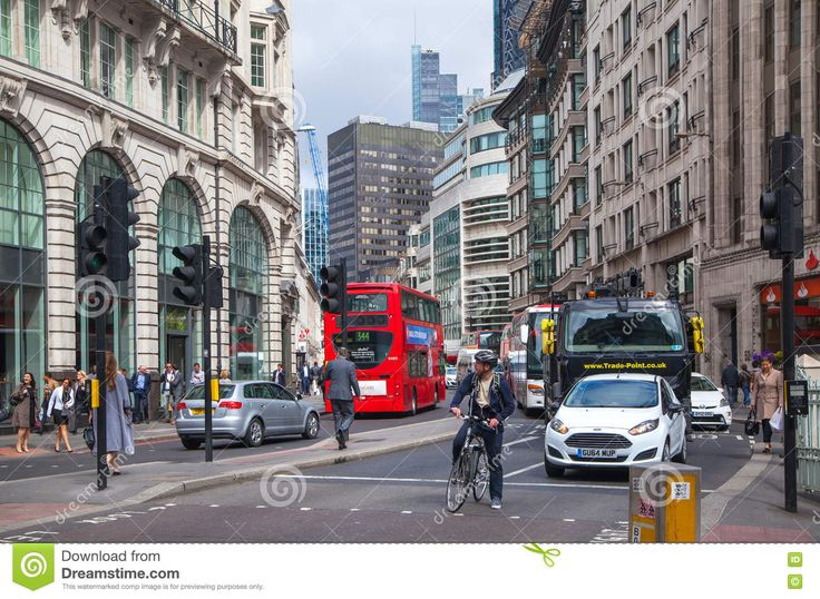 LONDON. City Of London Street View Editorial Stock Image - Image: 64711114