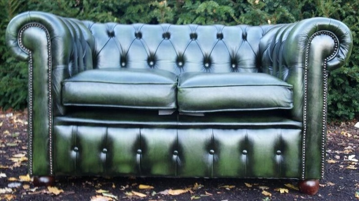 2 seat green chesterfield $495