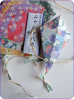 kite full sm Easy Kids Craft: Origami Kites