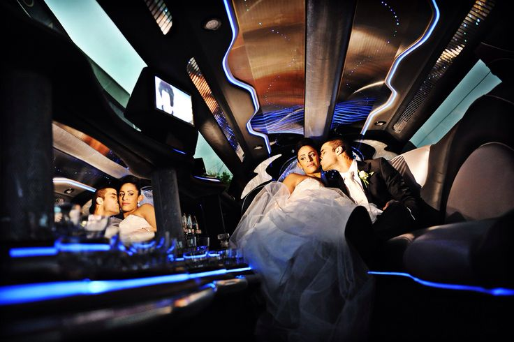 Melbourne wedding Car photography - wedding cars by Enrik Limousines Melbourne - Chrysler 300c limousine-  photography by : Con Tsioukis of Alex Pavlou Photography - www.alexpavlou.com