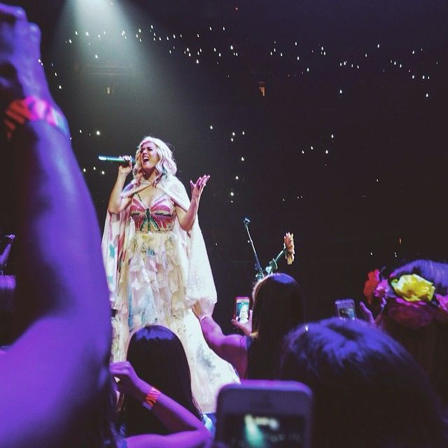 I found this and 100's of other AMAZING fan pics & vids from Katy Perry at Fedex Forum on #Crowdpics on Oct 5, 2014. - http://www.crowdpics.com/categories/1/events/677