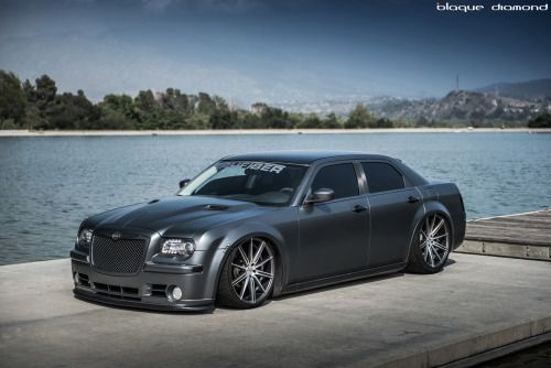 fullthrottleauto:  2010 Chrysler 300 Fitted with 22 Inch BD-9s...