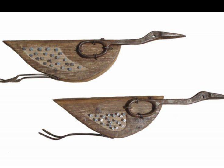 Vlieg eend/scissor and driftwood/very nice,is it?
