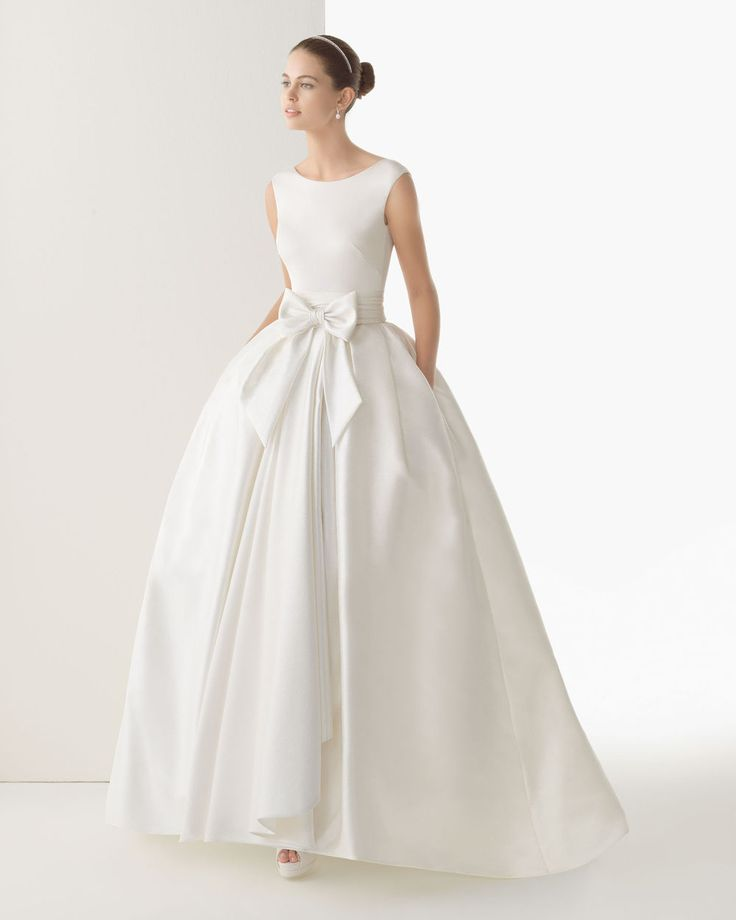 2014 Glamorous Ball Gown Scoop Sleeveless Floor lEngth Satin Wedding Dress