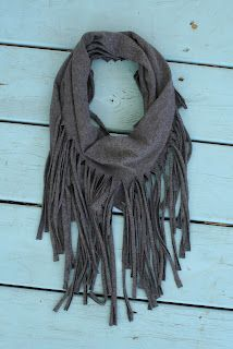 how to make a fringe scarf from t-shirt: | tričko | Pinterest | DIY, DIY fashion and Sewing