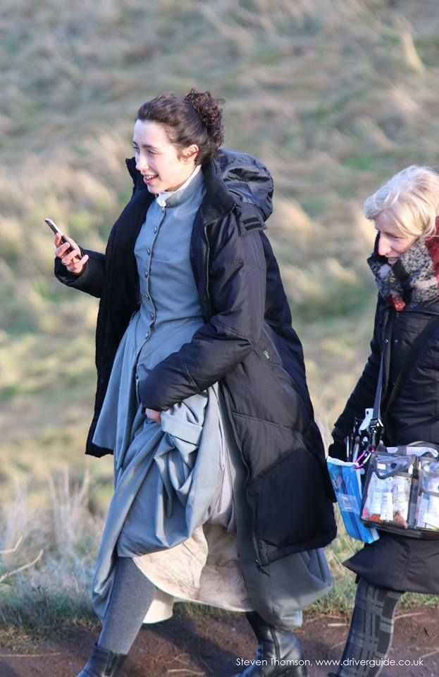 Stand in for Caitriona, Behind the Scenes Photos of Sam and Caitriona Filming 'Outlander' in Edinburgh, Scotland (Day One) | Outlander TV News