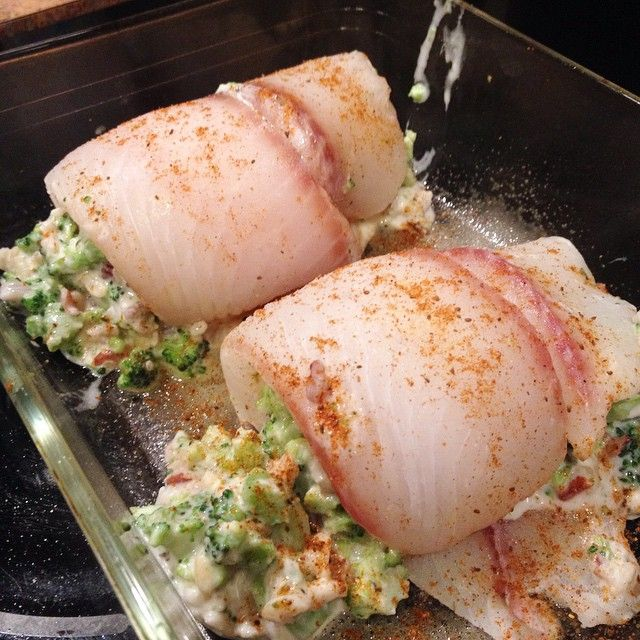 Broccoli Stuffed Tilapia #eatclean #dinner #cleaneating @lydiarichman