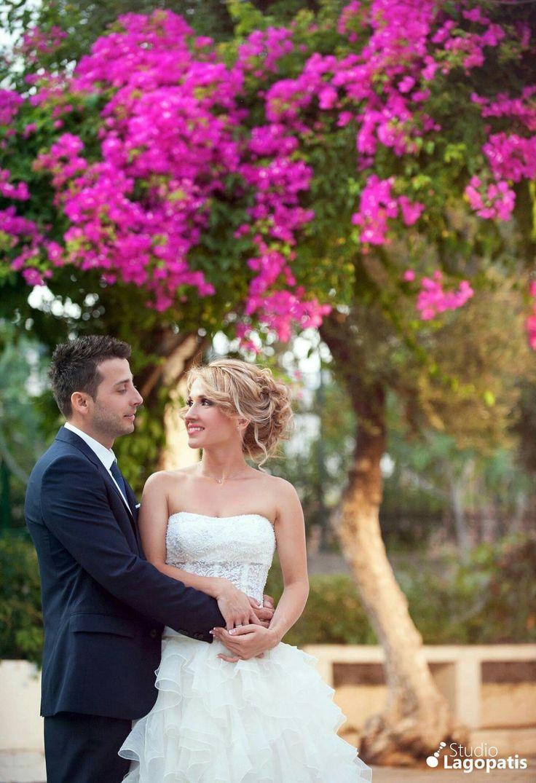 #colorsoflife #wedding #weddingingreece #weddingphotography #bride #groom #spingcolours #photooftheday #picoftheday www.lagopatis.gr
