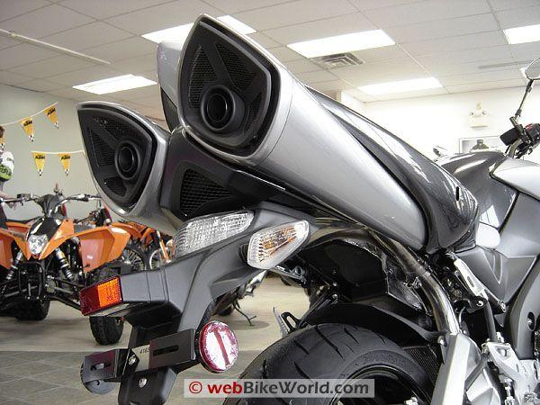 suzuki-b-king-rear-exhaust.jpg (600×450)
