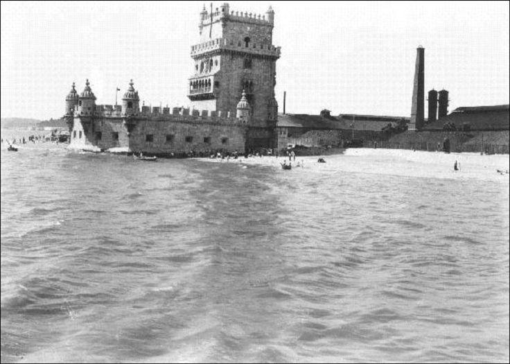 Torre de Belém - 1912 quatro almas: http://ouropel.blogspot.pt/2013/03/enquanto-salazar-vivia.html