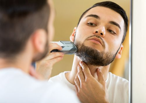 Can't decide which is the best electric shaver for you? Read this for a complete buying guide and for a look at the top 10 electric shavers in the market!