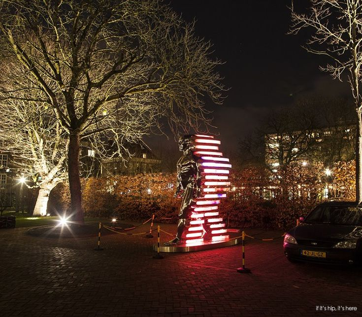 25 photos From the third Amsterdam Light Festival. The best installations and light art at the festival which illuminates the historical center of Amsterdam