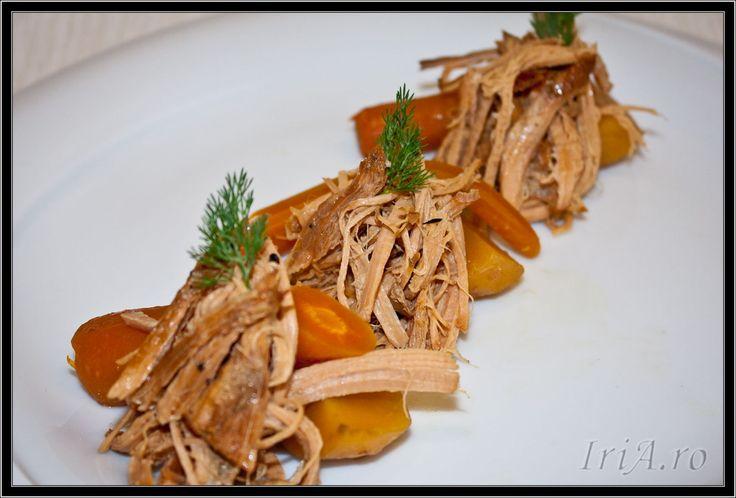 porc copt incet - cu legume