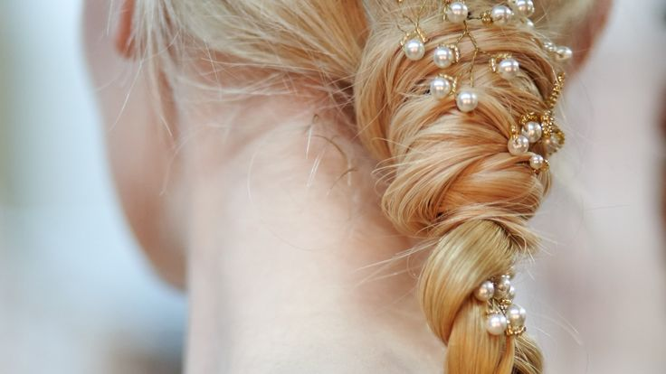 Here's how to go effortless and cool with your bridal hairdo instead.