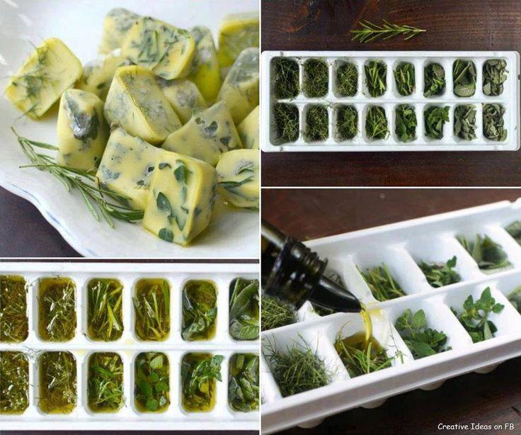 Congela tus hierbas frescas con aceite de oliva para tenerlas disponibles en cualquier momento.