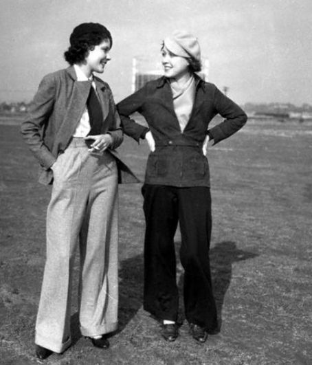 Two 1930s ladies wearing (gasp) man-style TROUSERS! So stylish.