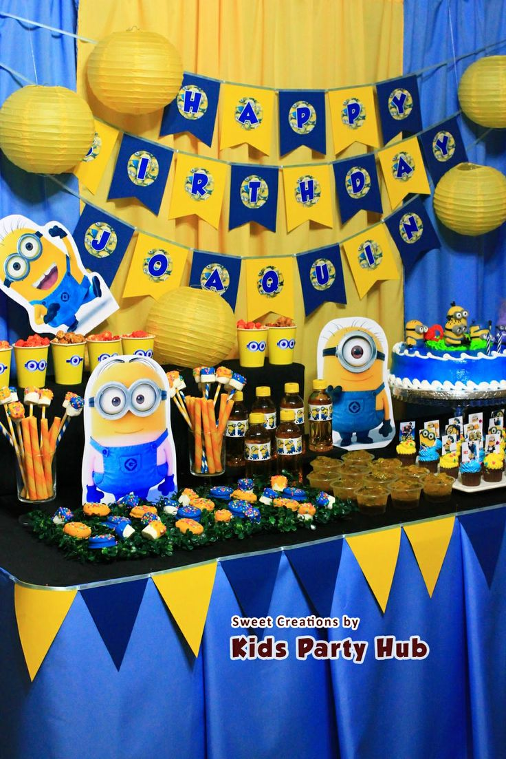 minion party table set up despicable me minions party. Black Bedroom Furniture Sets. Home Design Ideas