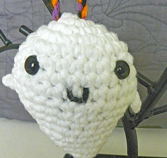 Crochet Amigurumi Ghost : Crochet Amigurumi Ghost Halloween Decoration