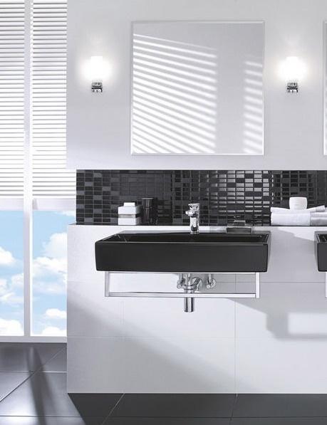 Ba os en blanco y negro elegantes y modernos for Banos blancos modernos