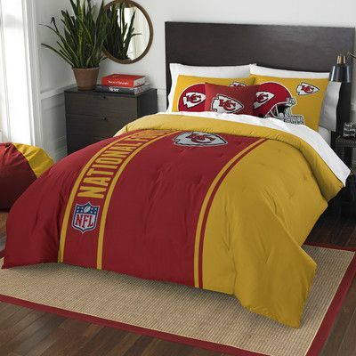 Northwest Co. NFL Chiefs Helmet Comforter Set Size: Full
