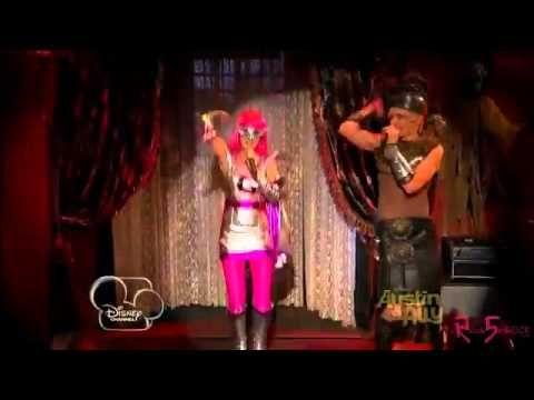 Ross Lynch(Austin Moon) & Ally Dawson(Laura Marano) - DON'T LOOK DOWN - Official Music Video - YouTube