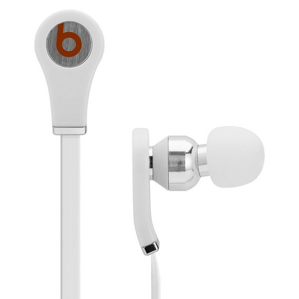 Beats Tour in-ear headphones deliver that rare thing—big sound in a remarkably small design. They're among the first earbuds to hold their own against over-ear headphones.There's a reason you never see artists in the studio with earphones. It's rare to find big sound in something so small.