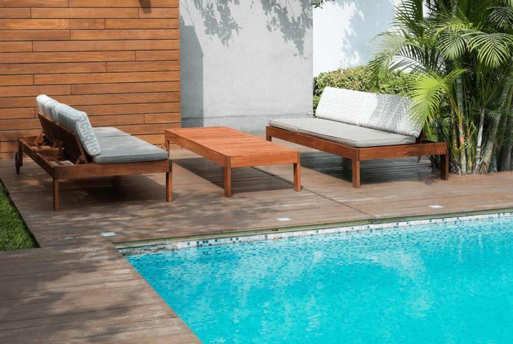 terraza con muebles sobre medida , reposeras que se transforman en sillones. Diseño PPPPDesign