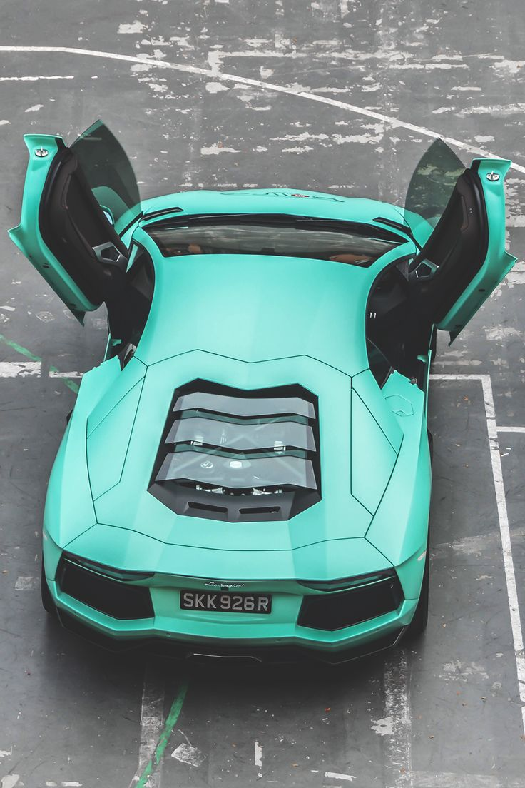 wearevanity:  Tiffany Blue | Twitter | WAV