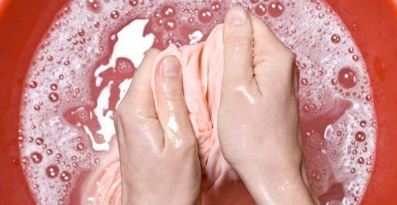 come rimuovere le macchie più difficili in modo naturale... i rimedi della nonna!
