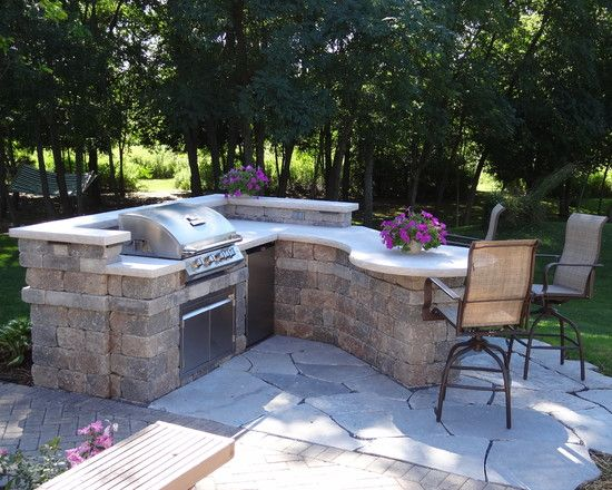 Diy tips for cleaning your bbq grill this summer patio for Outdoor cooking areas designs