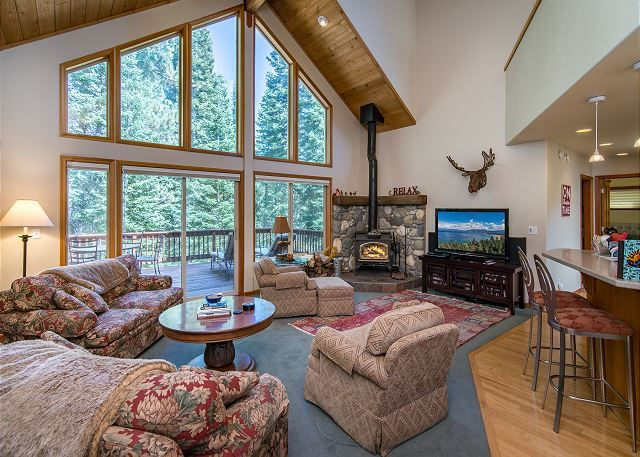 Experience year-round fun in North Tahoe at this 4BR, 4BA (sleeps 10) house with access to all the 5-star amenities of Tahoe Donner.