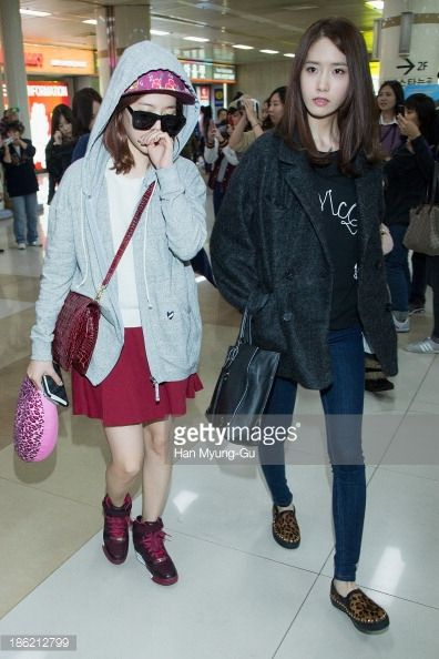 media.gettyimages.com photos sunny-and-yoona-of-south-korean-girl-group-girls-generation-are-seen-picture-id186212799?s=594x594