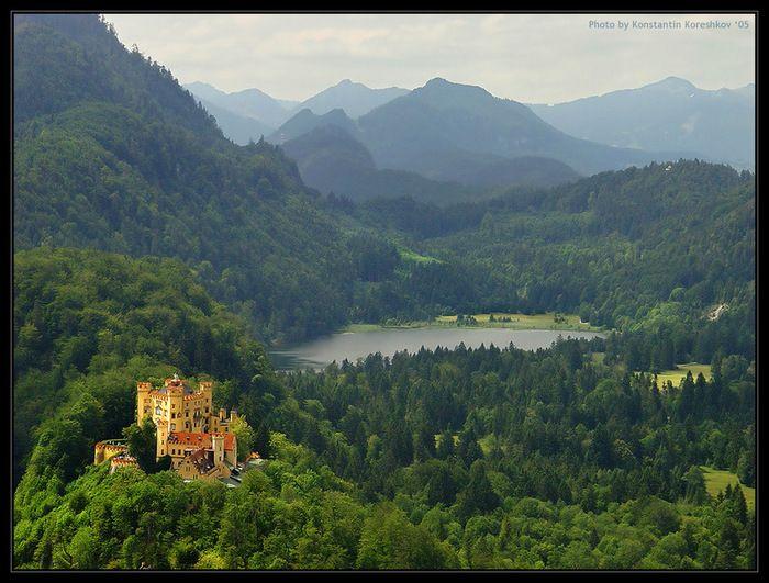 Летний замок Хохеншвангау.