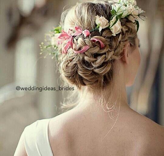 Brautfrisuren romantische hochsteckfrisur  170 besten Haare Bilder auf Pinterest | Haarknoten, Abschlussball ...