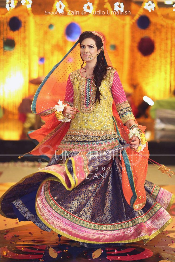 Mehndi bride and bridal dress mehndi is beautiful,  photography by Umairish studio