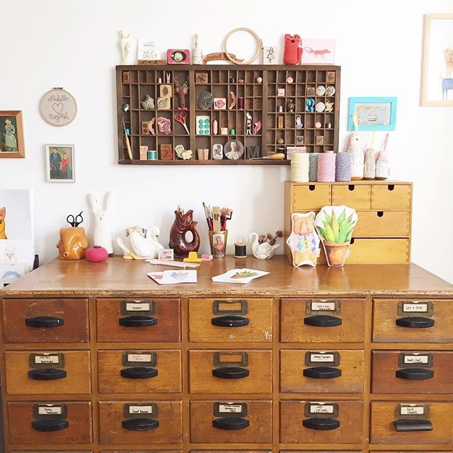 What a lovely sunny day it has been, the sun was streaming into the studio. #summertime #sunshine #studio #workspace