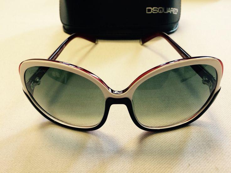 Dsquared okulary stan idealny cena 349 zł Ładnie dymione szkła