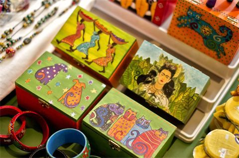 Hand painted 'Frida Kahlo' inspired boxes and jewellery : Each item is hand painted with designs inspired by Frida Kahlo or drawn from  Liil...