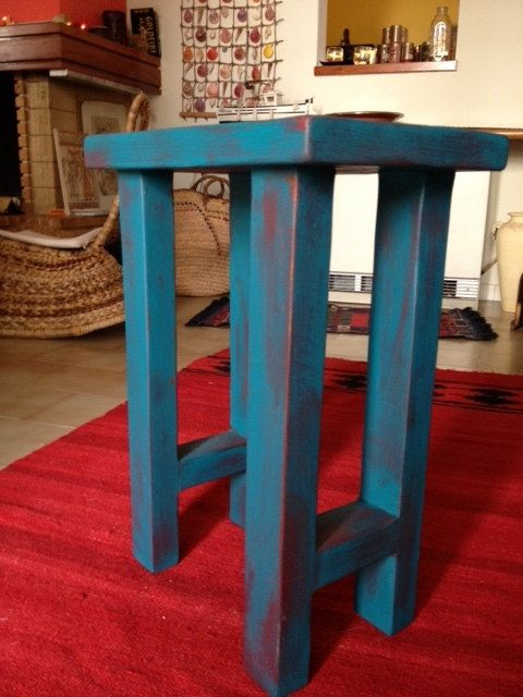 Distressed turquoise side table by TheFisheyeShop, €80