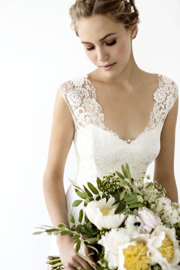 42 best Brautkleider images on Pinterest | Wedding dressses ...