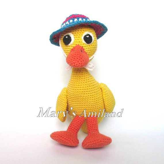 Dora Duck The Ami  Amigurumi Crochet Pattern  by MarysAmiland