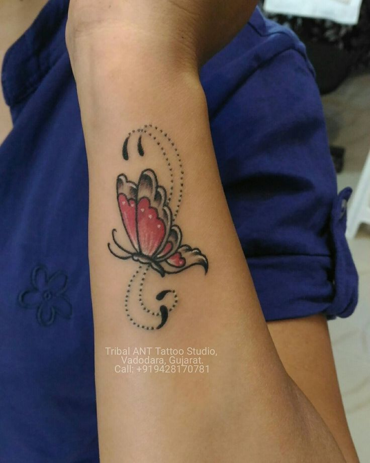 Small one #butterfly #color #tattoo #butterflytattoo #girltattoo #wristtattoo #beutyfulltattoo #tribalanttattoostudio #barodatattooartist #baroda #vadodara #gujarat