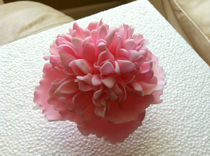 - Peony flower i made out of fondant. If you want to know how to make it look at my video. https://www.youtube.com/edit?ns=1video_id=8b0nnXnwqKA