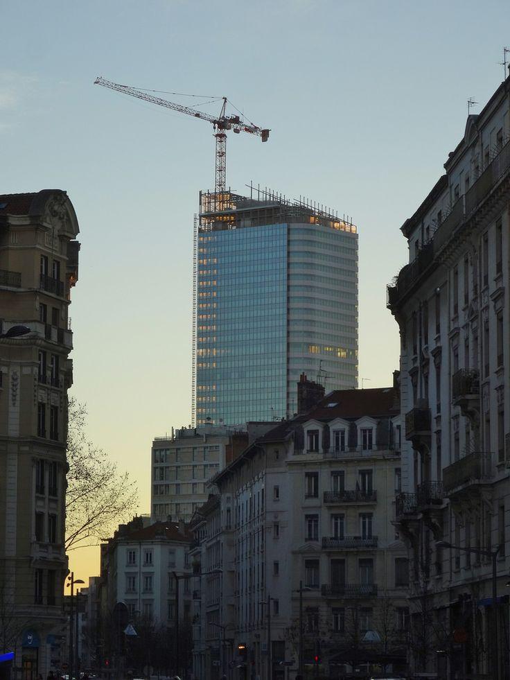 LYON | Tour Incity | Valode & Constantin | 200m | 40 étages | en construction | 2011-2015 - Page 370 - SkyscraperCity