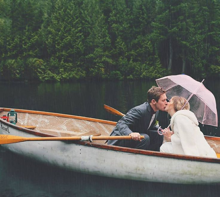 rainy day boat love - creative fine art Sunshine Coast bc, wedding photographer